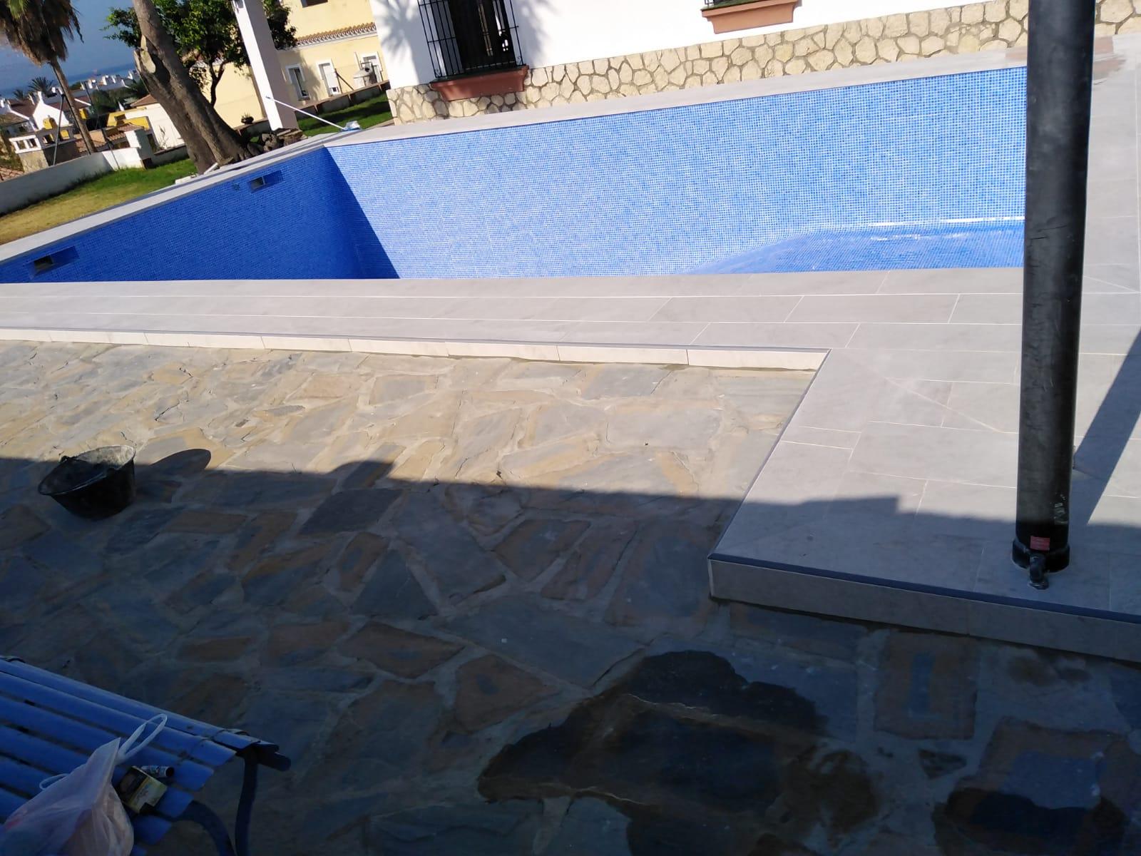 Proyecto reforma piscina